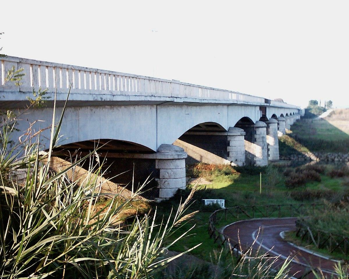 Ponte di mezzocammino wikipedia for Foto di ponti coperti
