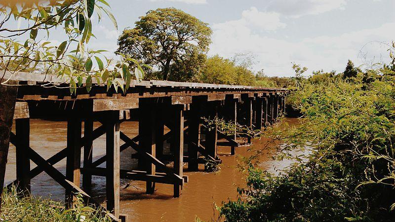 File:Ponte Velha Rio Amambai.jpg