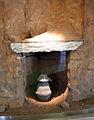 Populonia, necropoli di san cerbone, tomba a pozzetto 31, con cinerario biconico e ciotola-coperchio, IX secolo ac. 01.JPG