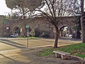 Porta Metronia - Porta Metronia