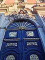 Portail de la bibliothèque municipale Versailles.jpg