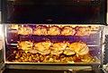 Poulets de la Drôme rôtis sur un marché de Provence.jpg