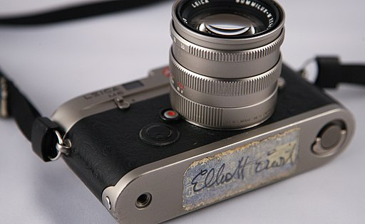 Private Collection - Leica M6 Titanium with 50mm f1.4 Summilux and Elliot Erwitt Signature (5122111846)