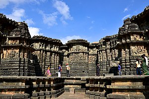 Vishnuvardhana - The Hoysaleshwara temple at Halebidu was financed by Katemalla and Kesarasetti, rich merchants who dedicated it to King Vishnuvardhana and his queen Shantaladevi