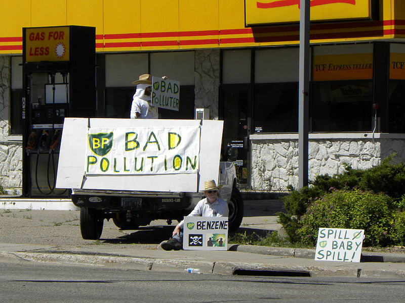 File:Protest against oil company BP and their  still leaking oil in  the Gulf of Mexico BP Bad Pollution.jpg