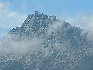 Puncak Jaya highest mountain in Oceania and the highest island peak in the world
