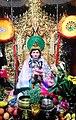 Queen Pan Htwar statue.jpg