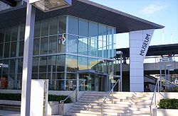 Queensland Museum-Sciencentre.JPG