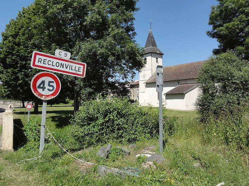 Réclonville (M-et-M) city limit sign
