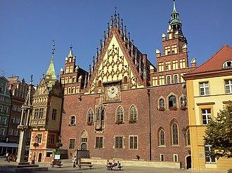 Wrocław - Image: Ratusz wrocławski(1)