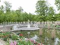 Rectangular north basin of Jardin des Tuileries, Paris 2014.jpg
