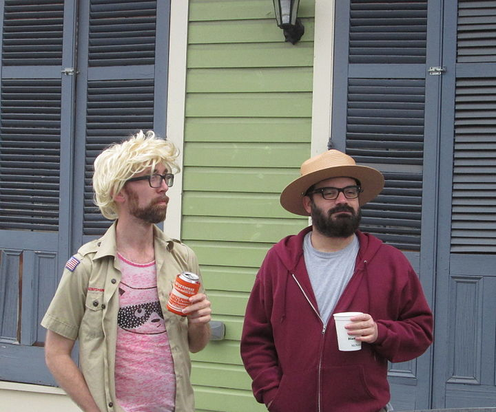 720px-Redbeans15_Downtown_Hipsters.jpg