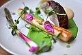 Restaurant Marv & Ben Røget svinenakke med asparges, forårsløg og ærtepuré (5854651734).jpg