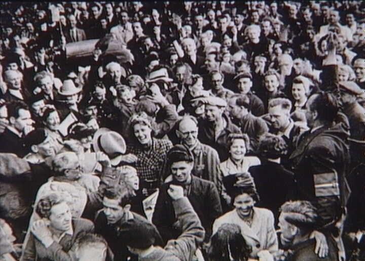 Returning prisoners from the concentration camp Stutthof. Copenhagen, 2nd June 1945 (9265918651)