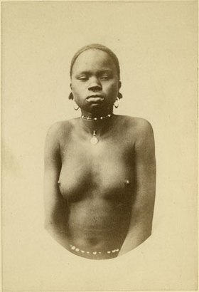 Richard Buchta - Dinka girl.jpg