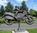 Ridderkerk kunstwerk motorrijder.jpg