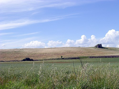Ruined farmhouse in the Roman countryside.jpg