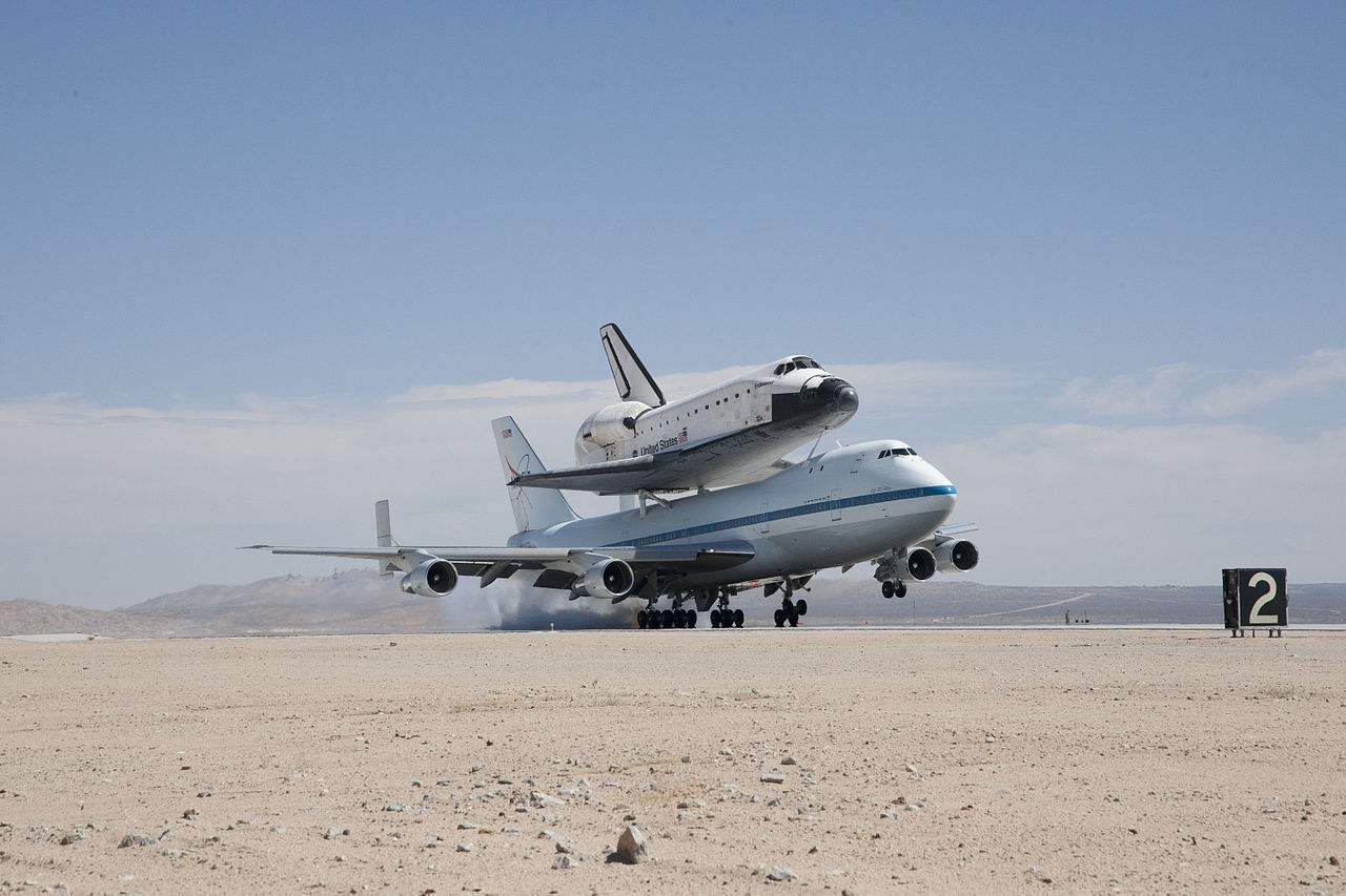 space shuttle landing at edwards air force base - photo #24