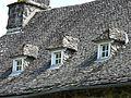 Saint-Cernin château Cros toit.jpg