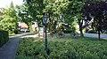 Sandhatten Dorfplatz.JPG