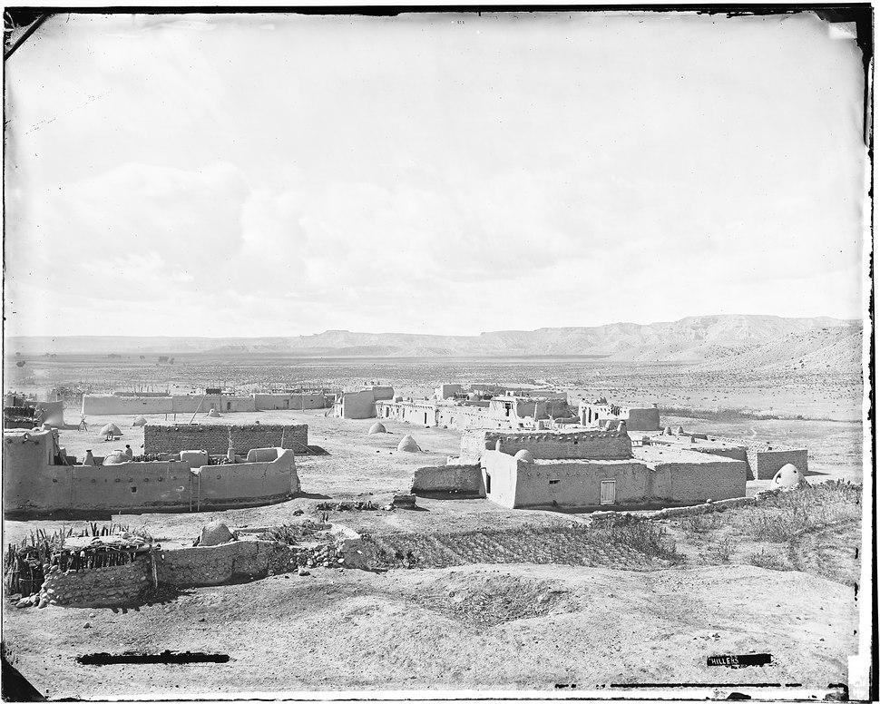 Santa Clara Pueblos - NARA - 523835