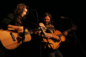 Sarah Lee Guthrie & Johnny Irion - Image: Sarah Lee Johnny Live Color