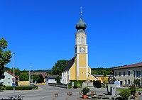 Schalchen - Kirche.JPG