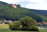 Schaumburg Kuppe Weser.jpg
