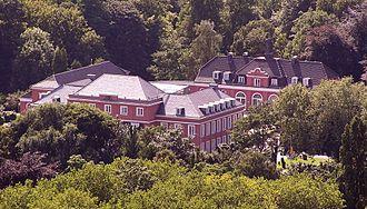Oberhausen - Image: Schloss Oberhausen vom Gasometer