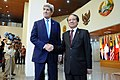 Secretary Kerry Shakes Hands With ASEAN Secretary-General Minh (12561262763).jpg