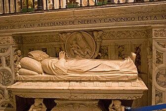 Sepulcro del obispo de Scalas (Capilla de Scalas de la catedral de Sevilla).jpg