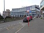 Severní předmostí Hlávkova mostu, zastávka Poliklinika Vltavská, Galileo.jpg