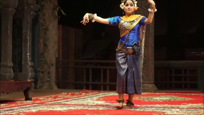 File:Siem-Reap Dance of Cambodia (videobis).ogv