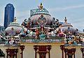 Singapore Tempel Sri Mariammam Kuppeln 5.jpg