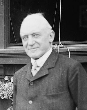 Kenneth Muir Mackenzie, 1st Baron Muir Mackenzie - Kenneth Muir Mackenzie in 1913
