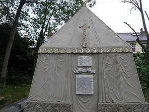 Isabel Burton - Sir Richard and Lady Isabel Burton's Tomb in Mortlake, south west London