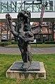 Skulptur Spandauer Damm 130 (Westend) Gebreite&Rolf Szymanski&1985.jpg
