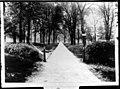 Slant Walk ca. 1899 (3194672215).jpg