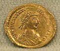 Solido di valentiniano III, 438-455.jpg