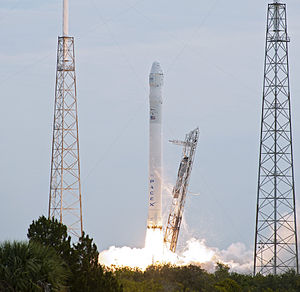 2013 in the United States - March 1: The CRS – 2 Falcon 9