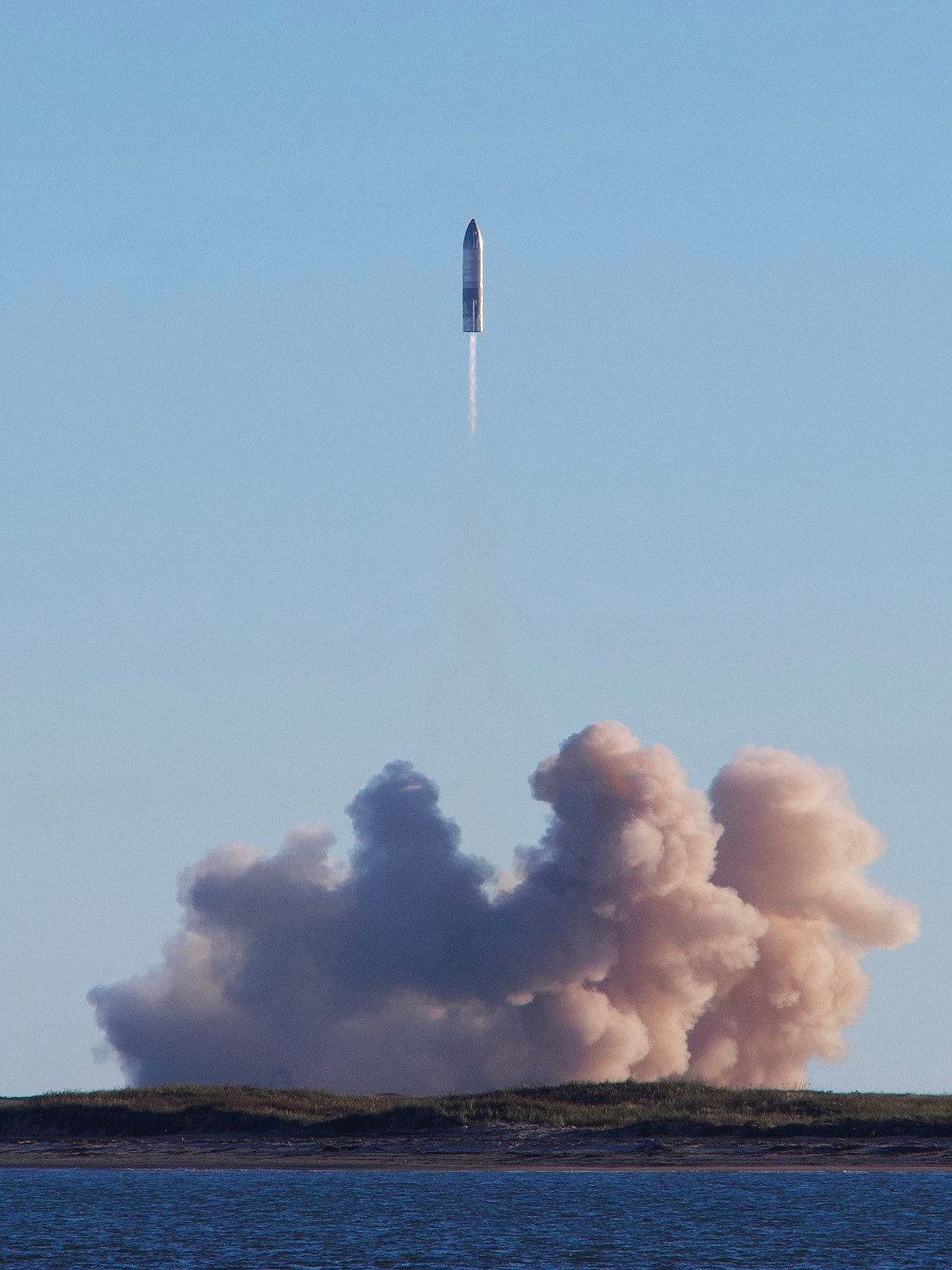 1200px-SpaceX_Starship_SN8_launch_as_vie