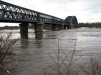 River Spey - The River Spey in spate at the Garmouth old rail bridge