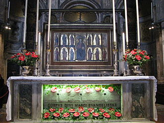 Patriarch of Venice - Saint Mark's Basilica, the main altar: it retains inside the body of the Apostle St. Mark the Evangelist.