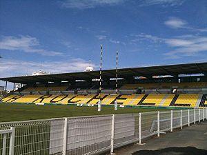 Stade Marcel-Deflandre - Image: Stade rochelais tribune