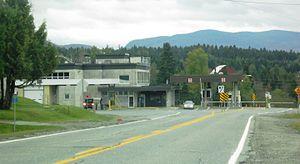 Quebec Route 147 - Image: Stanhope Quebec border station