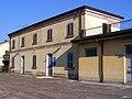 Stazione di Olmeneta Fabbricato principale lato campagna 20081221.jpg