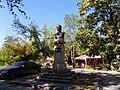 Stepan Sahumyan Statue in Vakharshapat 01.JPG