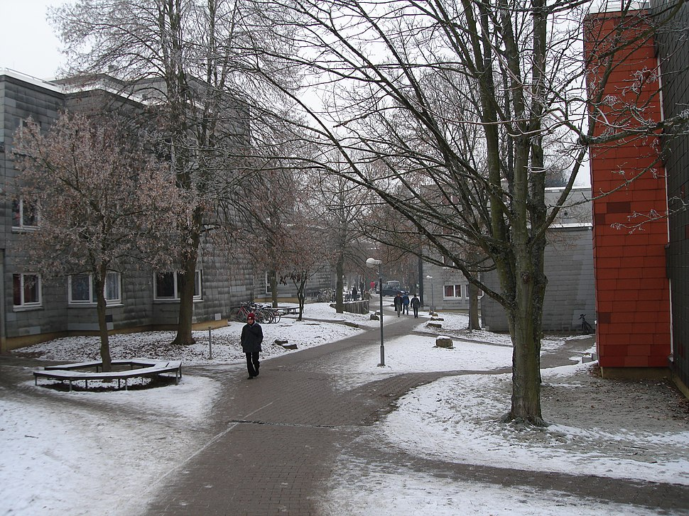 Studentenwohnheime (Allmandring I) 001