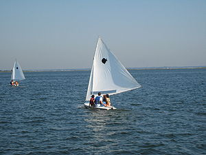 Sunfish (sailboat) - Children learning to sail in Dunewood, New York