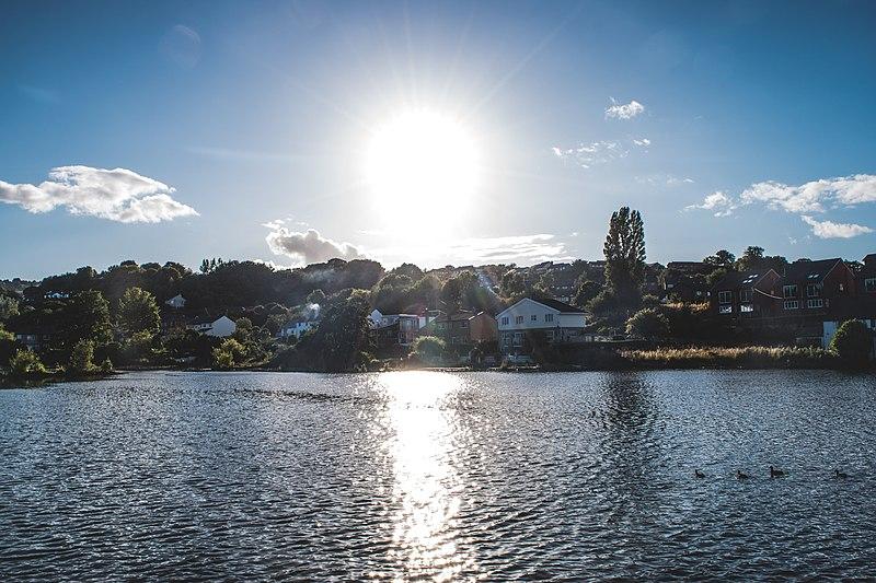 File:Sunlight On The Lake (140025363).jpeg